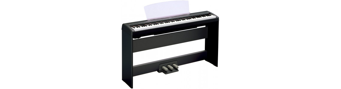 Digital pianos / Keyboards